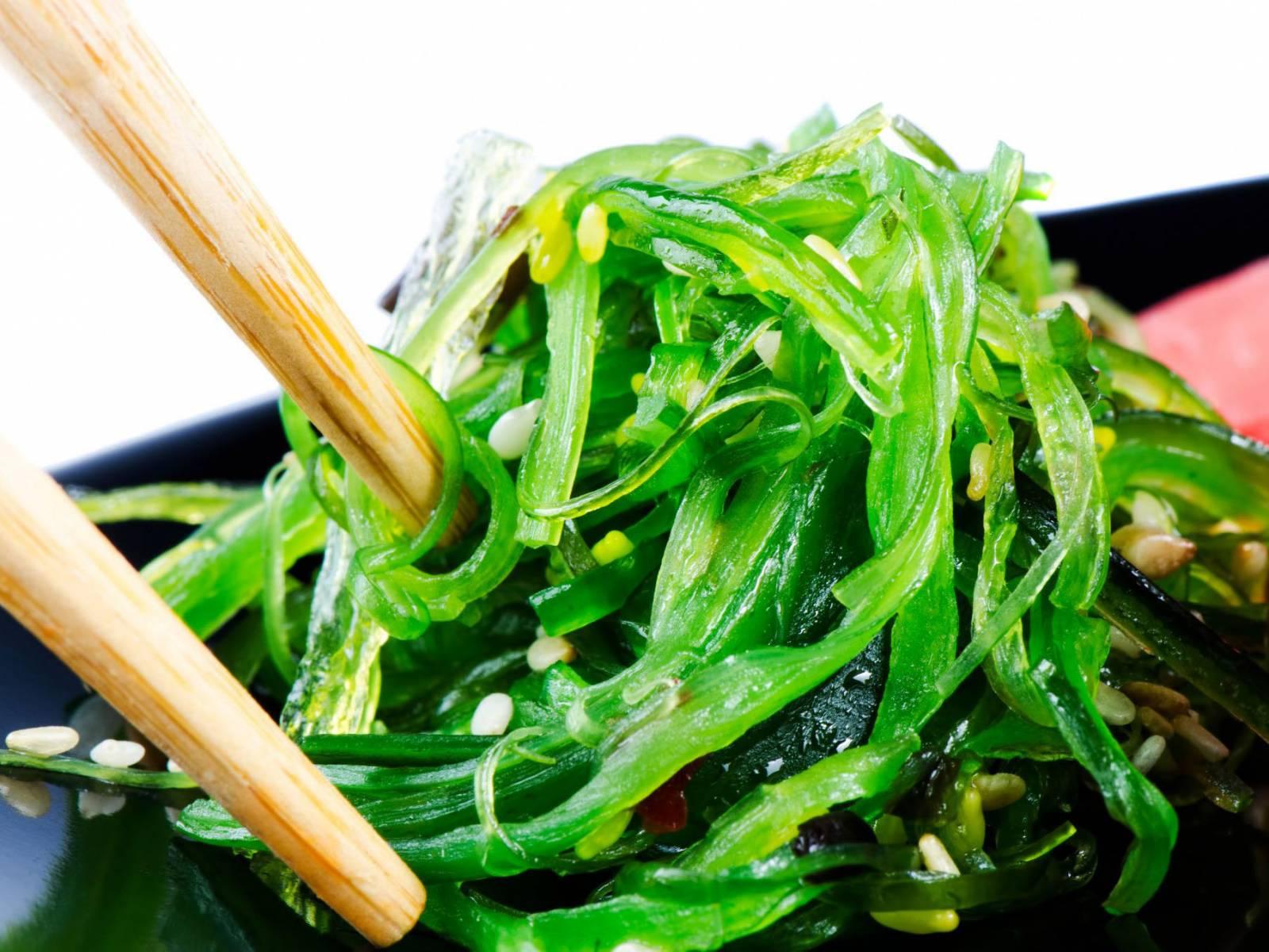 salade wakame algue verte restaurant asiatique avec buffet volont marseille la pomme. Black Bedroom Furniture Sets. Home Design Ideas